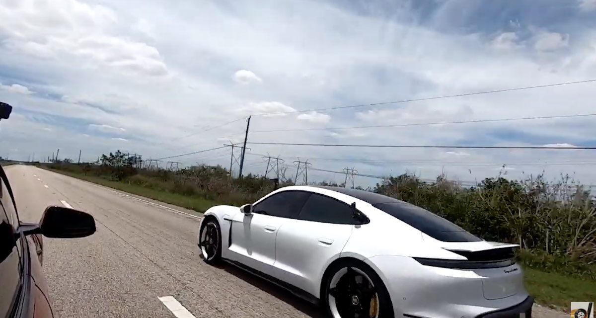 Tight street race between Porsche Taycan and Tesla Model S with new software