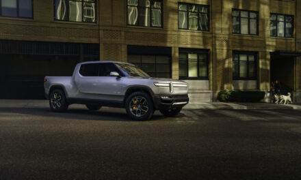 Rivian follows Tesla and aims to create their own charging network