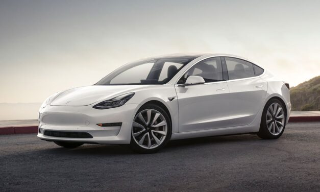 Fire department premiere: Small town in USA takes Tesla Model 3 instead of heavy Chevy SUV